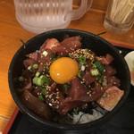 呑み処 圭 - メインの丼アップ