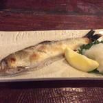 鍋横 赤燈 - 季節のお料理、鮎塩焼き