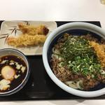 丸亀製麺 - 旨辛肉つけうどん ¥690+かしわ天 ¥140+えび天 ¥150
