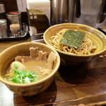 つけ麺 えん寺 - 味玉肉入り(1100円)