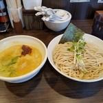 鶏そば 一瑳 - 鶏白湯つけ麺 特盛(980円)