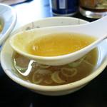 さかえ食堂 - ニボニボしてる付け合せスープ