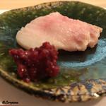 70809177 - 鯨のさえずりをヤンニョムジャンで味わう