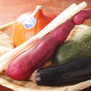 郷土の味を大切に。加賀野菜の味を是非ご堪能ください。