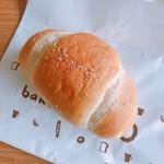 ベーカリーパオ - 塩バターパン