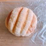 ベーカリーパオ - サクサクメロンパン