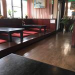 カレー・スリランカ料理 スジャータ - 内観。座敷席。