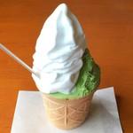 ミルクパレット - しぼりたてソフトクリーム・ジェラート(伊勢茶)