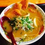 まんぷく処 暖家 - 味噌カツラーメン
