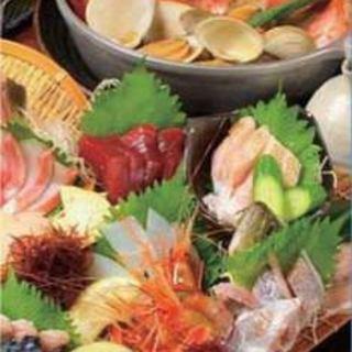 獲れたての魚を厳選した鮮魚の盛り合わせ!