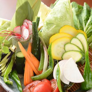 野菜にもこだわり!新鮮&色鮮やかな旬の湘南野菜
