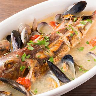 看板メニュー【鮮魚のアクアパッツァ】5種類のスープをご用意!