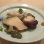 鮨 かわの - 鮑肝ソース・岩ガキ・煮蛸