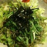 とめ手羽 - 茶そばサラダ