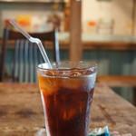 56cafe/bar - ドリンクはアイスコーヒーです(2017.7.31)