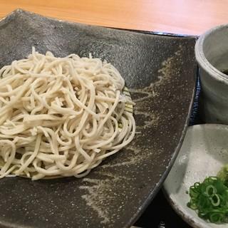 手打「二八蕎麦」は北海道産「きたあわせ」を使用!