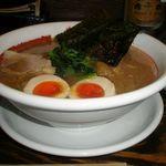 麺工房 じゃん - 料理写真:半熟味玉らーめん 750円