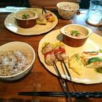 Cafe LINQ Takasegawa - ご飯は五穀米でした。