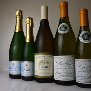 牡蠣料理にはスパークリングワインを。これが最高の組み合わせ。