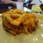 羽生製麺処 - 野菜かき揚げ160円