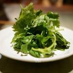 十番右京 - パクチーサラダ