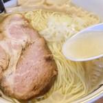 地鶏中華そば 祥秀 - 料理写真: