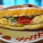 まるき製パン所 - サラダロール。
