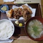 70847918 - 自家製タレザンギ定食(税抜825円)