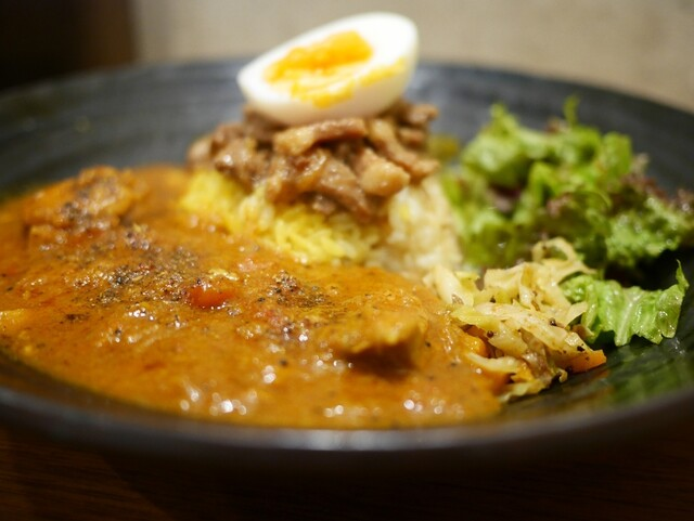 spicy curry 魯珈 (スパイシーカレーろか)>