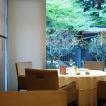 KEISUKE MATSUSHIMA - 店内