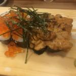 大衆酒場カミヤ - うにとイクラのこぼれ寿司、ハーフ