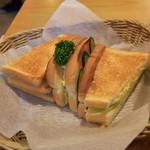 コメダ珈琲店 - こんがりトースト