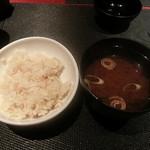 月陽 KARASUMA - 湯葉と山椒の炊き込みご飯と味噌汁