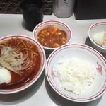 蒙古タンメン中本 - 中本のラインクーポンで卵無料!