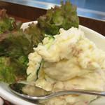 焼きやき亭 - 自家製ポテトサラダ。