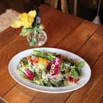 KARON - 八種の野菜を使ったシェフサラダ