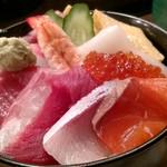 御旦孤 - ランチちらし寿司。