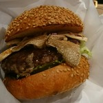 70873121 - 2017/8 A5ランク山形牛とイタリア産サマートリュフのジューシーバーガー