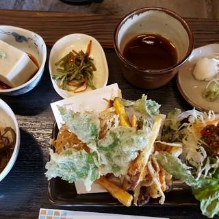 浄楽 - 料理写真:そば豆腐、そば飯、かき揚げ