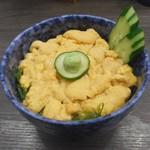札幌市場めし まるさん亭 - ウニ丼