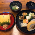 Hachiku - 茶巾と大阪鮓、お吸い物