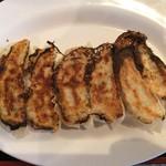70876891 - 海鮮ラーメンのBセットの餃子