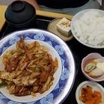 食事処点心 - 料理写真:ホルモン炒め定食700円