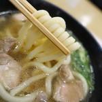 70878978 - 麺は大阪スタイルのモチモチ系
