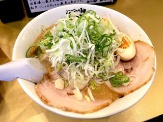 ごっつ 秋葉原店 - しょうゆ味玉ラーメン(850円)ごてごて