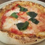 イタリアン酒場Bitte - 料理写真:3倍美味しいマルゲリータ