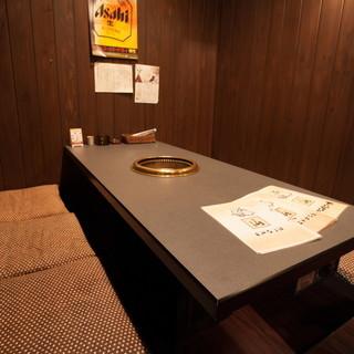 ソファー席/掘りごたつ席/個室もご用意
