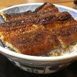 魚六 - 料理写真:何かこの写真一枚だけで、鰻好きが殺到しそうですね・・・