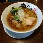 70889482 - 旨塩鶏麺(810円)