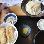 まるしば - 料理写真:イカ天丼セット600円